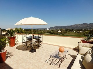 Holiday Apartment with 1 bedroom with private parking in Santa Margarita, Roses