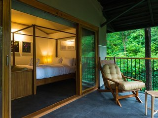 Ayatana Resort (Standard Room 3)