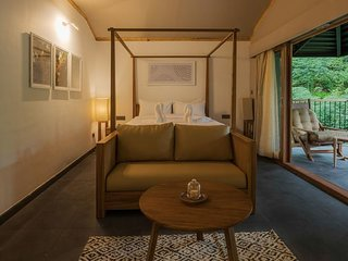 Ayatana Resort (Standard Room 8)