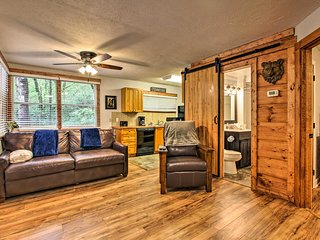 NEW! Gatlinburg Cabin w/Hot Tub & Furnished Deck!