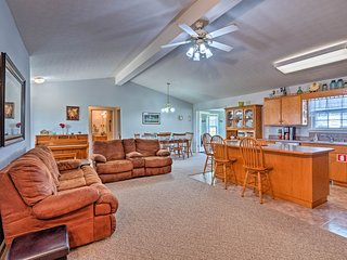 NEW! Scottsville Home w/Sunroom on 130-Acre Farm!