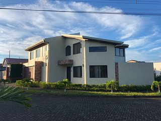 Casa Villa Flores