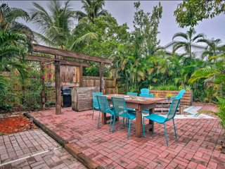 NEW! Naples Home - 10 Minutes to Beach & Downtown