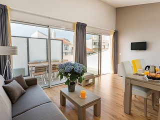 2 BR Split-Level Apartment for 6 at Lagrange Les Patios Eugenie