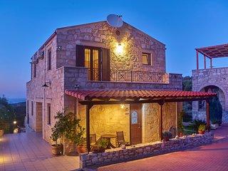 Private pool★Stone villa ★ Sea View