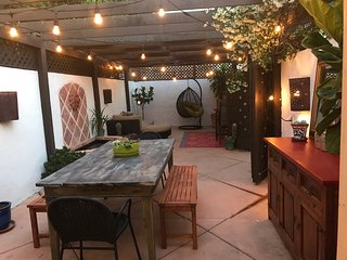 Adorable Spanish Bungalow with large private patio