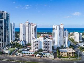 Broadbeach Apartment