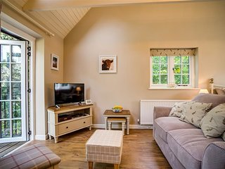 Lime Tree - LIME TREE, character holiday cottage in Burford, Ref 990416
