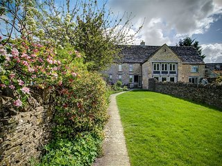 Little Owl Barn - LITTLE OWL BARN, romantic, with open fire in Burford, Ref 9887
