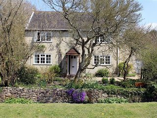 WINTERBOURNE COTTAGE, Wiltshire H165