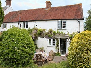 Homelea - HOMELEA, pet friendly, with a garden in Shaftesbury, Ref 988984