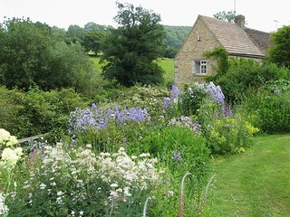 Neathwood Cottage, Wotton-Under-Edge