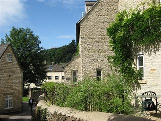 Batemans - BATEMANS, family friendly, with a garden in Nailsworth, Ref 988690