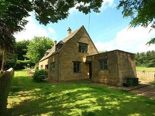 Windy Ridge Cottage - WINDY RIDGE COTTAGE, pet friendly in Longborough, Ref 9887
