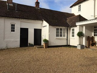 Cardew House Cottage - CARDEW HOUSE COTTAGE, romantic in Alresford, Ref 988954