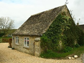 Lavender's Cottage - LAVENDER'S COTTAGE, romantic in Burford, Ref 988812