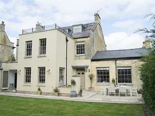 Cotswold House - COTSWOLD HOUSE, pet friendly in Moreton-In-Marsh, Ref 988742