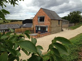 Top Barn - TOP BARN, character holiday cottage in Chipping Norton, Ref 988606