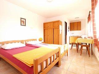 Apartment 11928