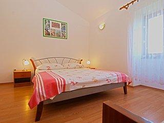 Apartment 12541