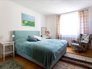 PRIME LOCATION 1 BED APARTMENT 'RUDOLFSPLATZ'