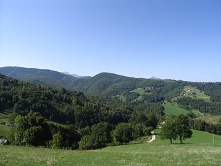 Pyrenees-Gite de Pleine Nature (2/3pers) et Atelier de Meditation