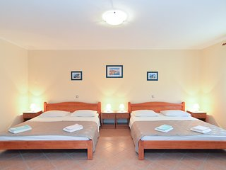 Apartment 9309