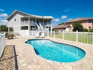 Beachside 2BR w/ Private Pool, Huge Deck w/ Peekaboo Ocean Views