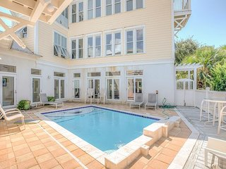 5BR 'Big Fish House' w/ Private Heated Pool - 200 Steps to Seagrove Beach!