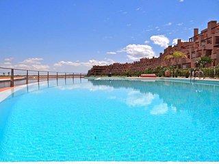 La Isla. Condado de Alhama Golf Resort. Alhama De Murcia