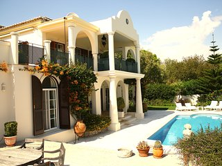 Villa Sapphire - Villa with private heatable pool near Quinta do Lago and golf