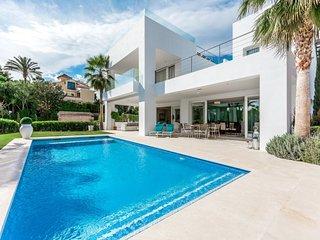 5 bedroom Villa in Marbella, Andalusia, Spain : ref 5624763