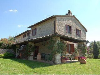 5 bedroom Villa-House for rent in Province of Perugia Umbria Italy