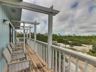 NEW LISTING! Spacious condo w/private balcony & shared pool-beach across street