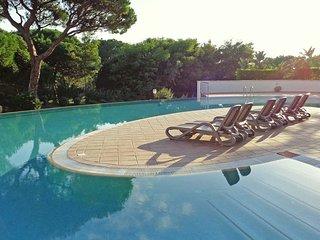 2 bedroom Apartment in Vilamoura, Faro, Portugal - 5620854