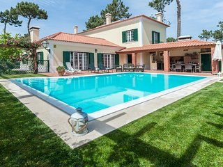 4 bedroom Villa in Aroeira, Setubal, Portugal : ref 5679401