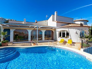 5 bedroom Villa with Pool, Air Con and WiFi - 5679555