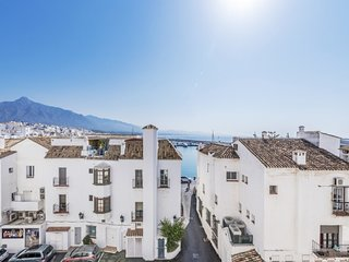 2 bedroom Apartment in Puerto Banus, Andalusia, Spain : ref 5646191