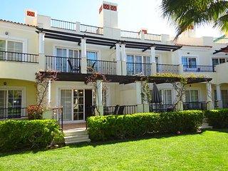 4 bedroom Villa in Cavacos, Faro, Portugal : ref 5620884