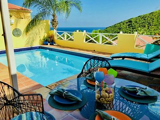 Private Pool Villa with Views ~Hook, Wine & Sinker