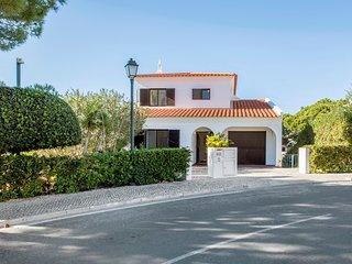 Quinta do Lago Villa Sleeps 8 with Pool and Air Con - 5621036