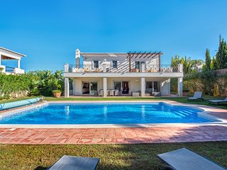5 bedroom Villa in Vale do Garrao, Faro, Portugal : ref 5621098