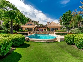 5 bedroom Villa in La Heredia, Andalusia, Spain : ref 5657574