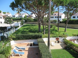 3 bedroom Villa in Quinta do Lago, Faro, Portugal : ref 5621106