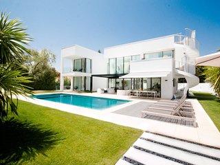 Spectacular Villa in Puerto Banus