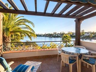 2 bedroom Apartment in Quinta do Lago, Faro, Portugal : ref 5621046