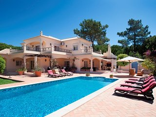 4 bedroom Villa in Quinta do Lago, Faro, Portugal : ref 5620890