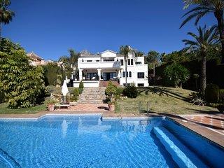 10 bedroom Villa in Marbella, Andalusia, Spain : ref 5001561