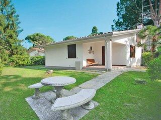 2 bedroom Villa in Lignano Riviera, Friuli Venezia Giulia, Italy : ref 5679424
