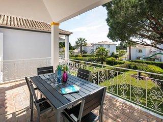 2 bedroom Apartment in Quinta do Lago, Faro, Portugal : ref 5667429